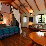 Hamanasi Belize Treehouse (36594905)