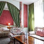 the romantic suite