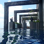 the awesome infinity pool