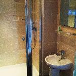 All rooms have en suite bathrooms
