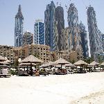 Hotel im Hintergrund Dubai Marina