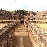 Anfiteatro (fosa bestiaria)