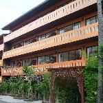 Deluxe Hotel Wing
