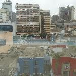 vista desde la habitación del piso alto y a la calle principal