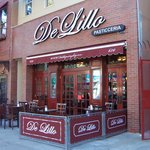 de lillo's pastry shop in the little italy of the bronx section