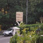 Entrata dell'hotel per il parcheggio
