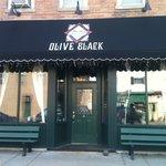 Olive Black Lounge