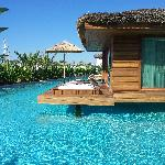 The Maldive villas, between pools and the beach