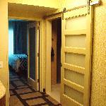 Cool sliding door into bathroom.