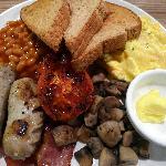 Nice Australian Breakfast - pretty good!