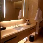 Crowne Plaza Hotel HK-The vanity area