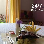 24/7 Room Service