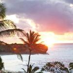 Shipwreck Beach penthouse- sunrise from lanai