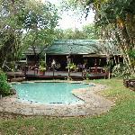 Bushlands restaurant and pool