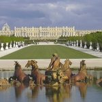 Experience the grandeur of Versailles Palace and Gardens .You can choose from a half-day or a fu