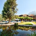 bassin sur lac
