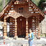 Trek starts from Vashisht Temple