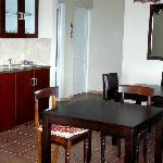 Guest dining room and kitchenette area