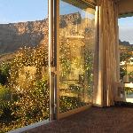 View of Table Mountain from your bed!