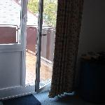 Porta de acesso do quarto à varanda