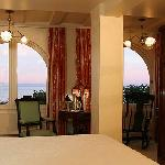 Victoriana Ocean View Room