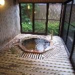 これが 貸切の 「露天?」 風呂