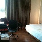 Nice spacious bedroom