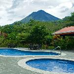 Arenal pool area