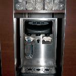 Filtered water dispenser in hall
