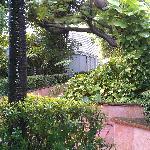 vista habitaciones en el patio