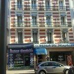 coté rue, façade toute rénovée