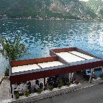 la vue depuis la chambre sur les bouches de Kotor et le restaurant