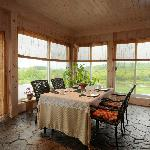 Summer Breakfast Room