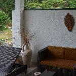 die geschmackvoll eingereichtete Terrasse