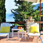 myrto pool area