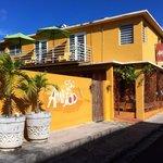 Casa de Amistad Guesthouse