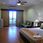 Amenities in the deluxe room of Jomtien-Morningstar Guesthouse