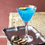 blue vanilla cocktail