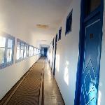 le couloir donnant sur les chambres
