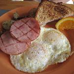5 for $5 breakfast special