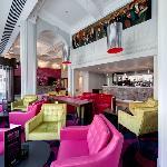 Limelight Bar & Grill