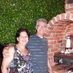Mi esposo y yo, anfitriones de parrillita en Sasaki