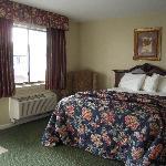 Petite Single Room