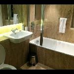very very nice bathroom with heated floor