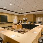 The Broken Arrow Room can hold a meeting with up to 24 guests in a U-style setting.