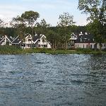 Schlosspark Bad Saarow set fra søen (Vi lejede en båd)