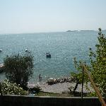 Lago Garda. Plage near hotel.