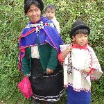 guambianos con su vestimenta tradicional