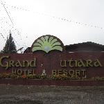 Grand Mutiara with the missing `M'