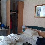 Decent room with closet